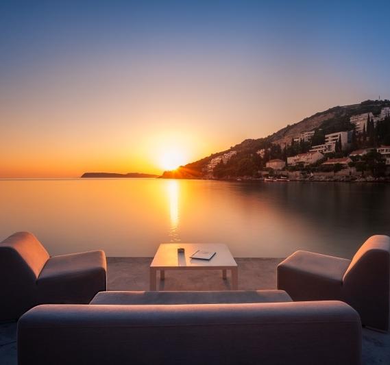 beach bar sunset dubrovnik